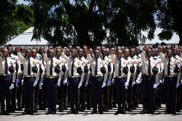 police nationale serment touthaiti